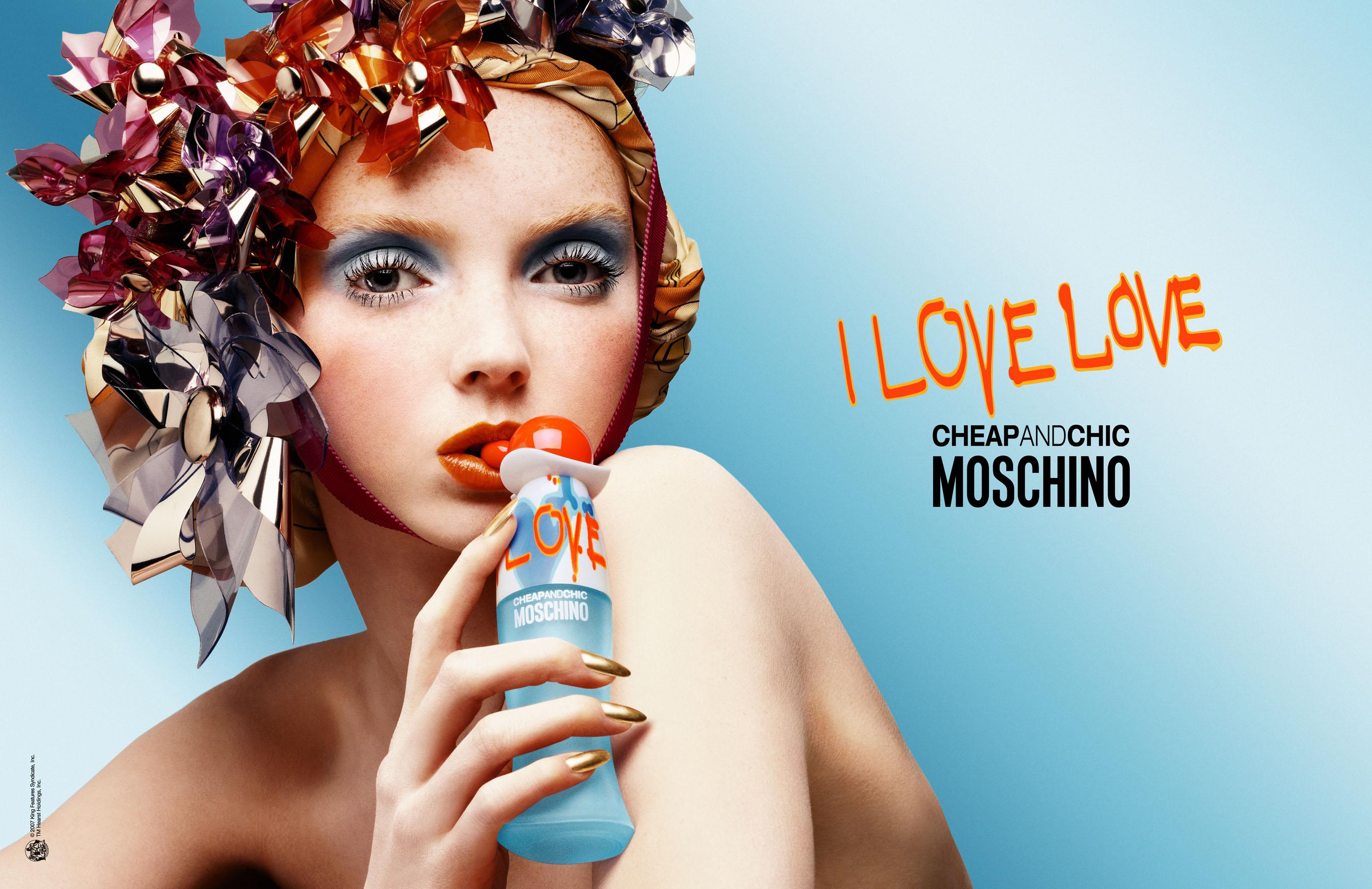 I LOVE LOVE – CHEAP & CHIC – MOSCHINO   GEURENGOEROE